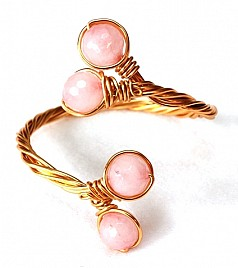 MAEVE BRACELET – LIGHT PINK