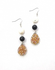 KYA EARRINGS – CHAMPAGNE